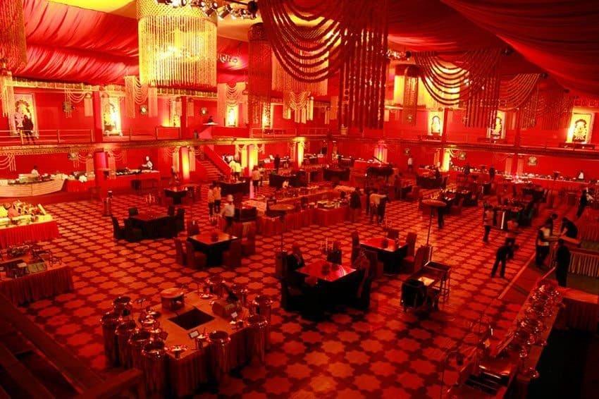 theme-wedding-red-fnpweddings-IndoreHD