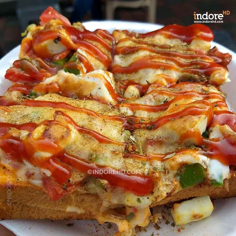 20-MUST-HAVE-FOODS-WHEN-YOU-ARE-IN-INDORE-SANDWICH-STREETS-OF-INDORE-INDORE-HD