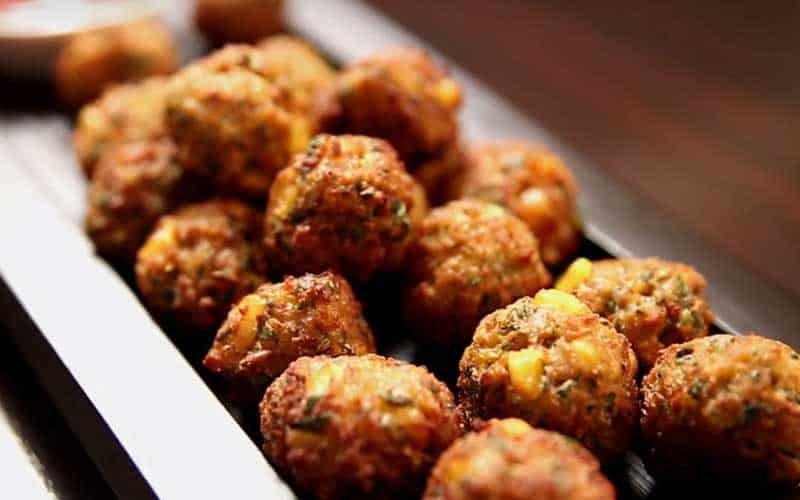 corn-bhajiya-monsoon-food-indoreHD