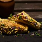 Indori Style Bana Hua Baked Samosa - FOOD DIARY OF…