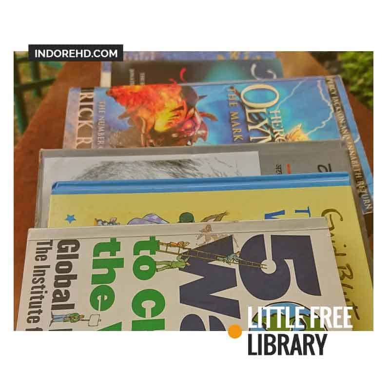 books--little-free-library-IndoreHD