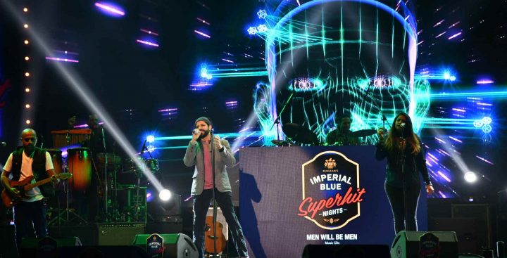 How Farhan Akhtar Rocked Indore on a Saturday Night with…