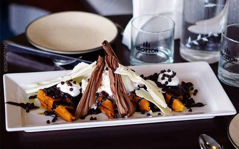 Chefs-Special-Waffle-Krozzon-IndoreHD
