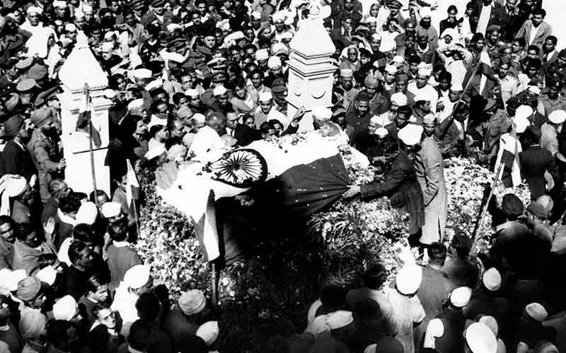 10-Interesting-Facts-About-Mahatma-Gandhi-That-Every-Indian-Must-Know-two-million-people-attended-Gandhi's-funeral
