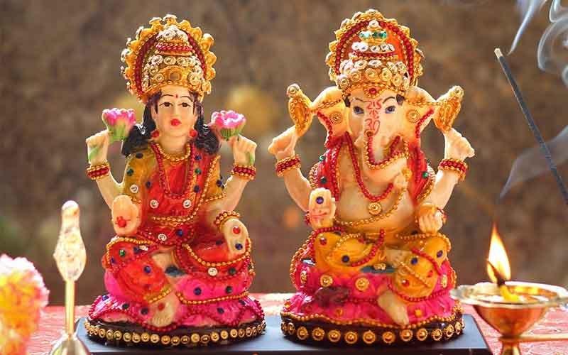 A-Lakshmi-Ganesh-Idol-diwali-Indore-HD