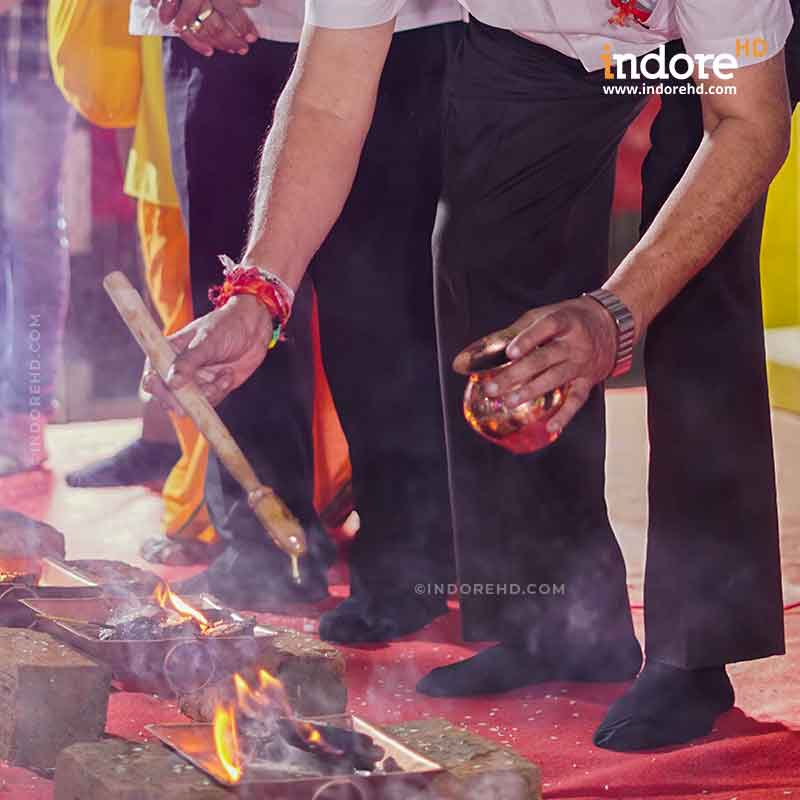 Agnihotra-vedic-fire-technique-11-copper-kunds-Indore-HD-Rajwada