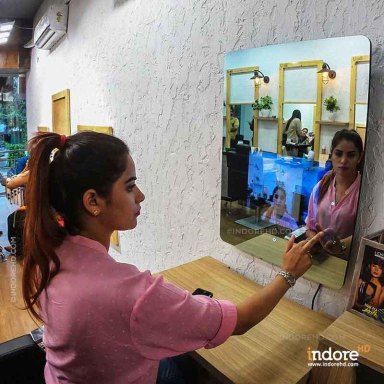 Smart Mirror Virtual Makeup Indore HD