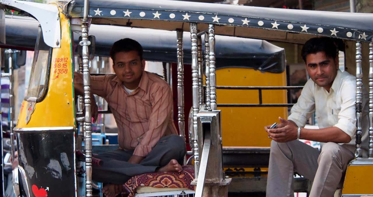 professional autorickshaw services Indore- IndoreHD