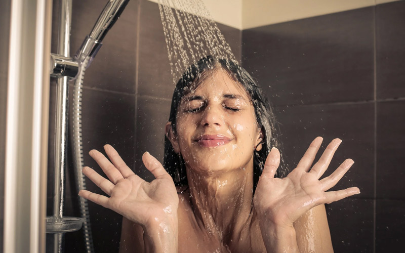 shower cold water on hair- IndoreHD